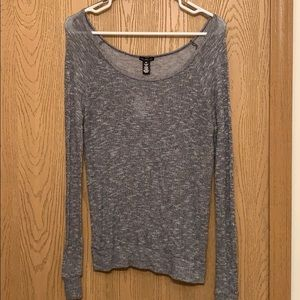 Cozy lounge top for women